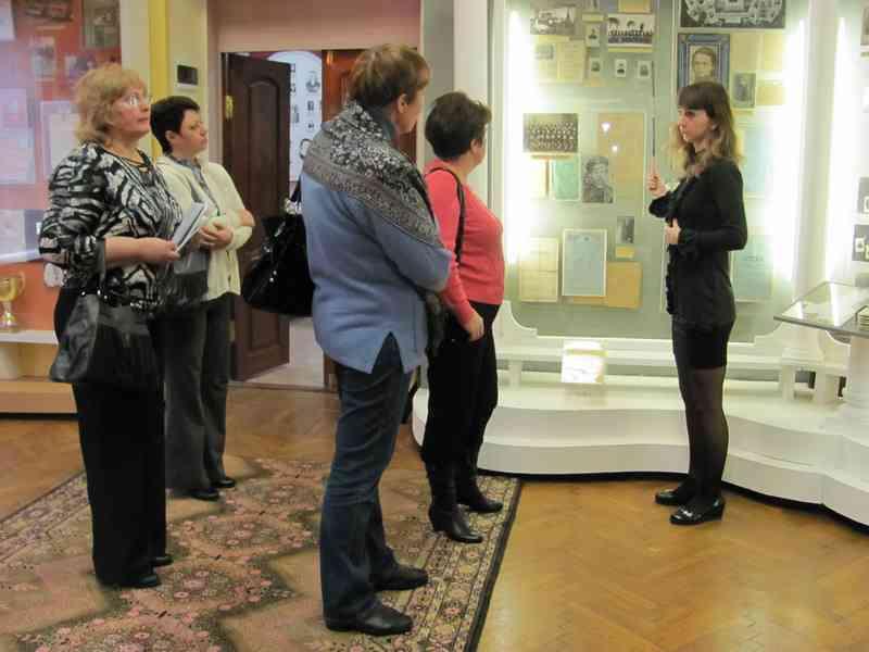 Экскурсия по музею.  2011 г.