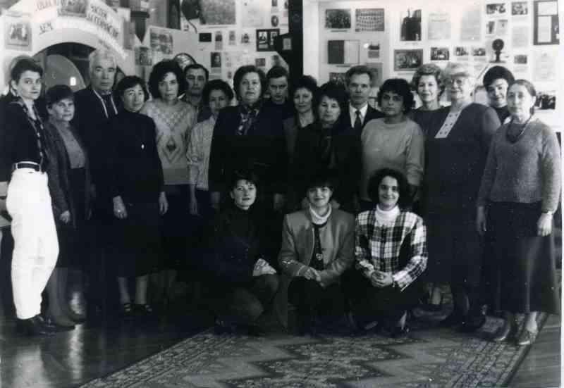 Областной семинар для руководителей ведомственых музеев в музее образования. 1999г.